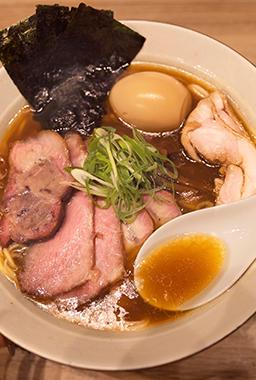 新生「麺処ほん田」。秋葉原で日本一の醤油ラーメンを目指す